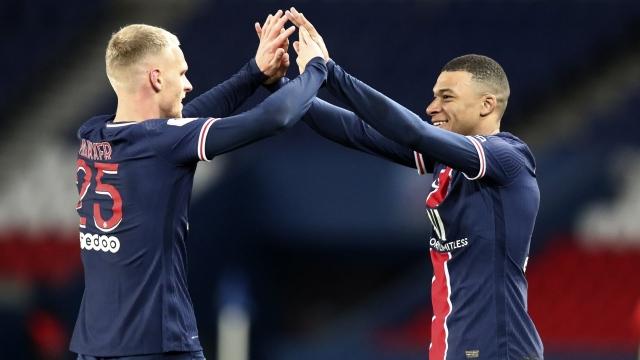 Paris SG 3 - Nîmes 0