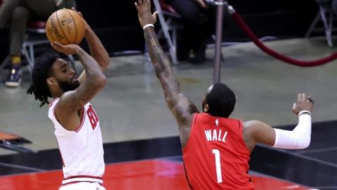 Les Bulls exercent les options de White et Williams