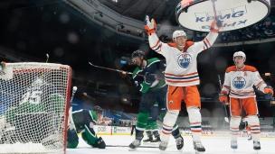 Oilers 3 - Canucks 0