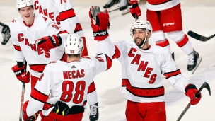 Hurricanes 4 - Panthers 3 (Tirs de barrage)
