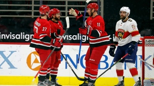 Panthers 2 - Hurricanes 4