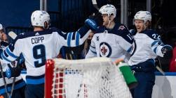 Jets vs Maple Leafs.jpg