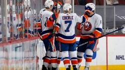 Islanders vs Devils.jpg