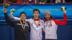 J.R. Celski, Dajing Wu et Charles Hamelin