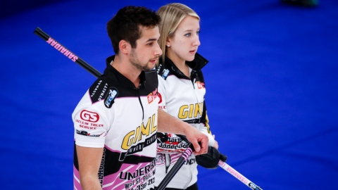 Curling mixte : Sahaidak et Lott en finale