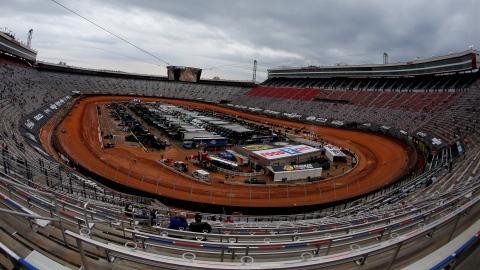 NASCAR reporte ses courses une fois de plus