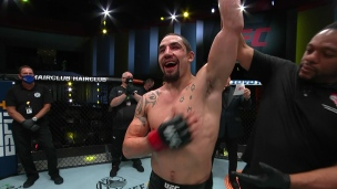 Domination totale de Robert Whittaker