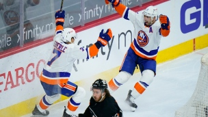 Islanders 1 - Flyers 0 (Prolongation)