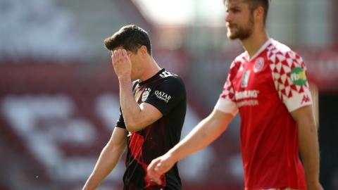 Battu, le Bayern Munich attendra pour le titre