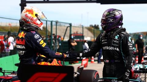 Hamilton c. Verstappen : le temps des bons mots