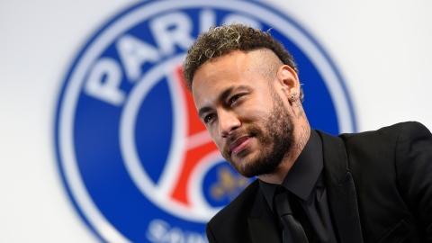 Neymar avec le Paris SG jusqu'en 2025