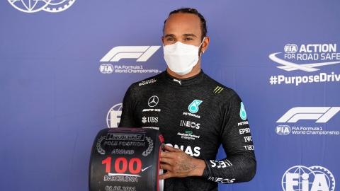Hamilton prolonge jusqu'en 2023 avec Mercedes