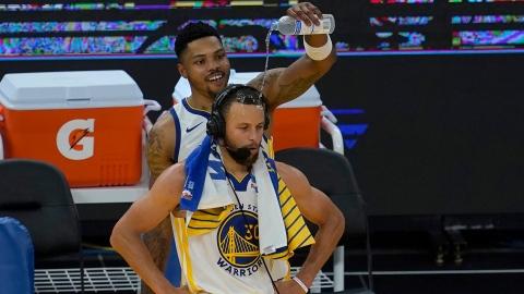 Stephen Curry coûte 75 000 $ aux 76ers