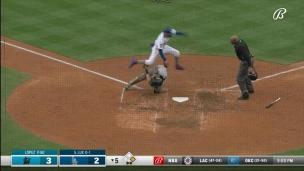 Marlins 3 - Dodgers 2