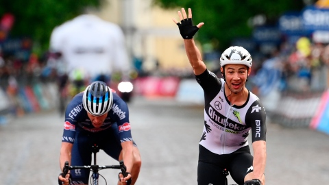 Tour d'Italie : Campenaerts gagne la 15e étape