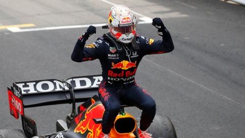 Verstappen : une 1re course comme meneur