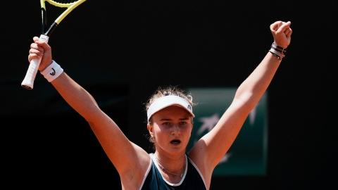 Krejcikova enchaîne les triomphes avec Prague