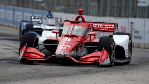 Ericsson gagne une course marquée par un accident