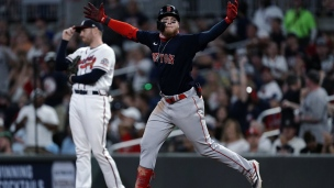Red Sox 10 - Braves 8