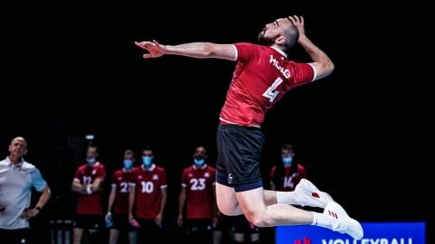 Volleyball : 2e gain de suite des Canadiens