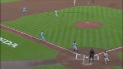 Triple jeu Yankees.jpg