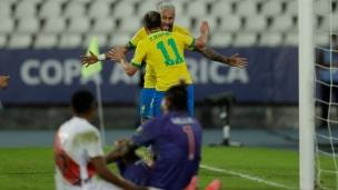 Brésil 4 - Pérou 0