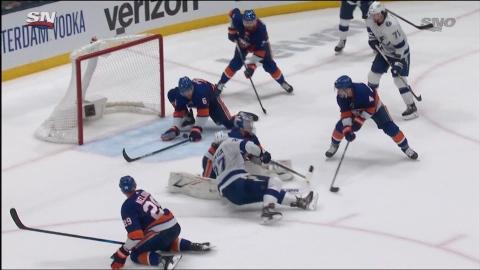 Pulock sauve le match pour les Islanders