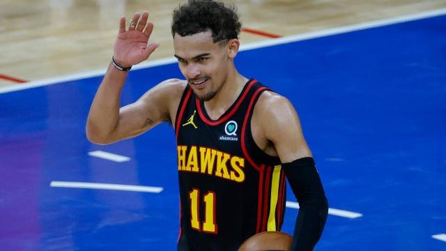 Les Hawks surprennent les favoris