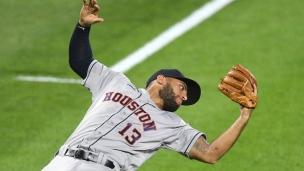 Astros 10 - Orioles 2
