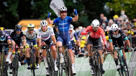 Grand retour de Cavendish qui signe la victoire