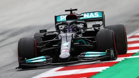 Hamilton répond à Verstappen en Autriche