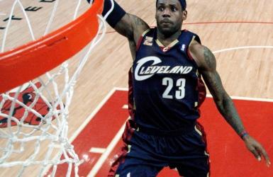 LeBron James revient au 23