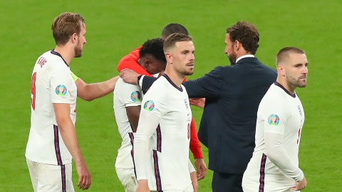 Insultes racistes contre des joueurs anglais, la police enquête