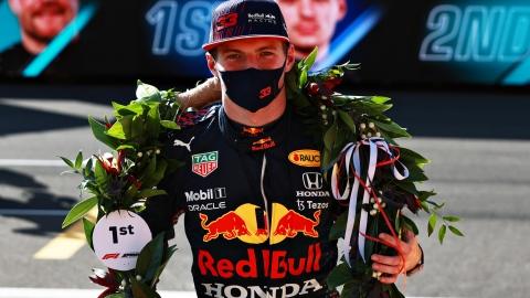 Max Verstappen s'impose aussi le samedi
