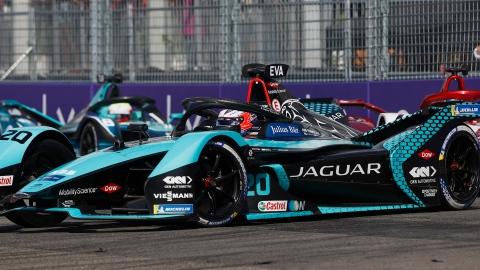 Jaguar se réengage à long terme en Formule E
