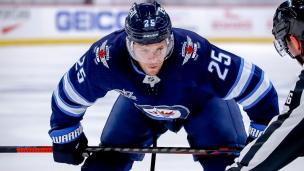 Stastny prolonge son séjour à Winnipeg