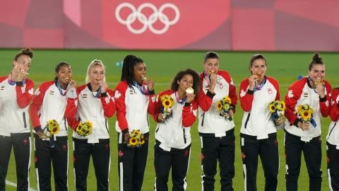 Les Canadiennes championnes olympiques aux tirs au but