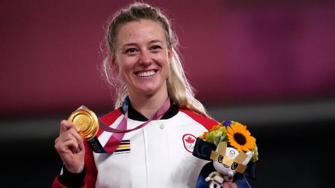 Kelsey Mitchell complète la récolte du Canada avec l'or