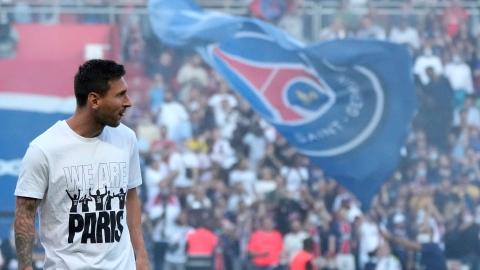 En attendant Messi, le PSG assure le spectacle