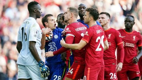 Liverpool bute sur Chelsea, City se moque d'Arsenal