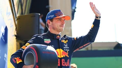 Verstappen devance Hamilton par 38 millièmes