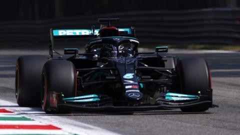 Joute verbale entre Hamilton et Verstappen