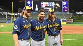 Corbin Burnes, Omar Narvaez et Josh Hader