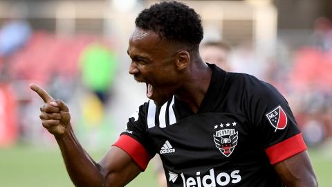 Ola Kamara soulève le D.C. United
