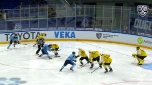 Pendant ce temps, en Russie : un but dès la mise au jeu!