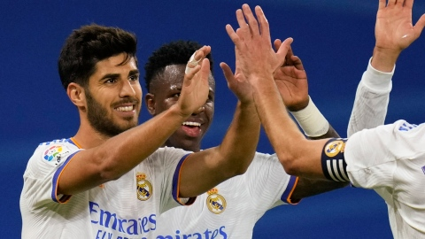 Benzema stratosphérique, Asensio voit triple, le Real Madrid leader