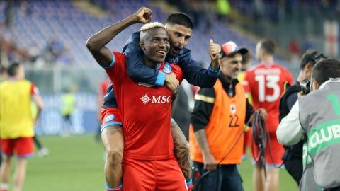 Naples s'envole en tête avec une 5e victoire en autant de matchs