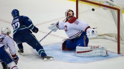 Daniel Sedin et Carey Price