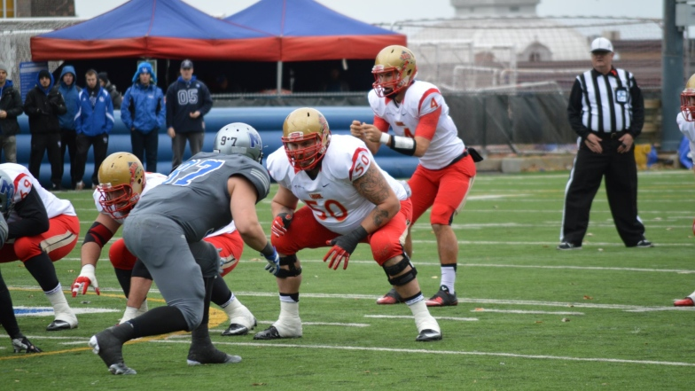Rouge et Or 9 - Carabins 13