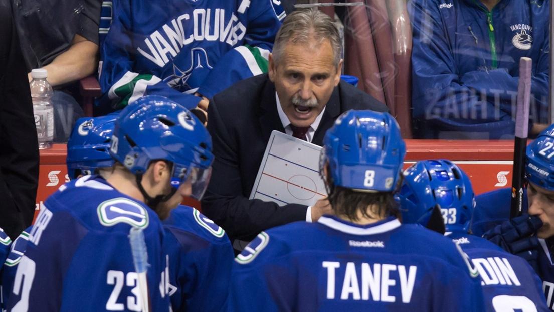 Les Canucks de Vancouver limogent leur coach